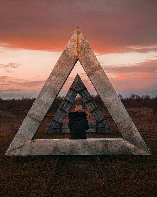triangle_people_rid
